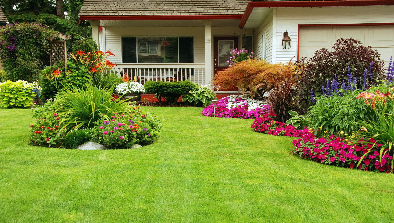 residential-landscaping-front